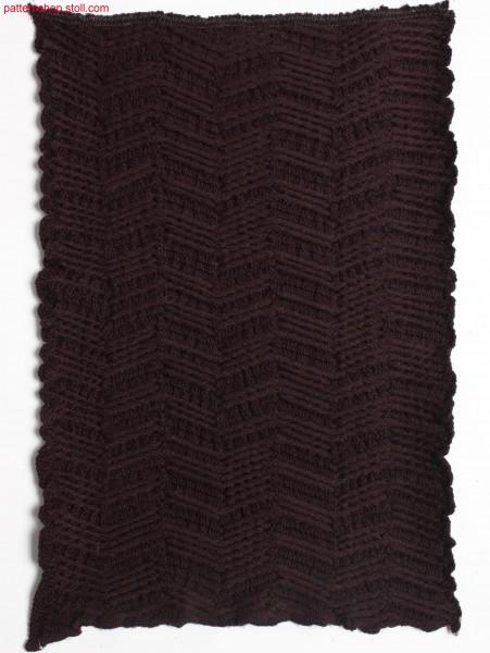 Swatch with herringbone pattern / Musterausschnitt mit Fischgratmuster