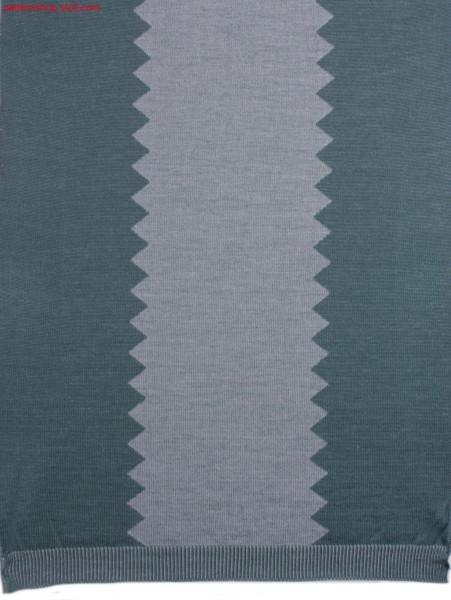 Reverse plated jersey fabric with zigzag motif / Wendeplattiertes Rechts-Links Gestrick mit Zickzack-Motiv