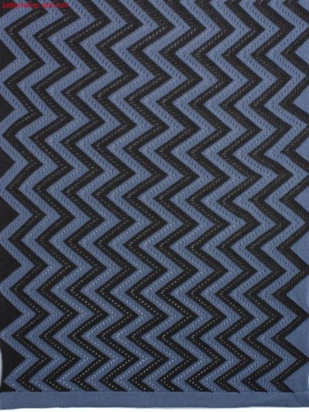Intarsia pattern with pointelle structure / Intarsiamustermit Petinetstruktur