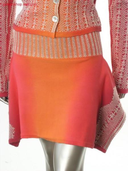 Costume tail skirt in tie-dye-technique / Kost