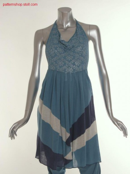 Halter-neck dress with pleats at the intarsia skirt part / Neckholder-Kleid mit Plissee-Intarsia-Rockteil