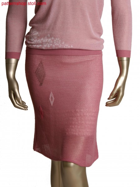 Fully Fashion folded skirt, net structure by cast off and pointelle with intarsia details, stitch doubling for waist