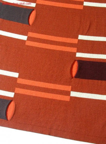 Jaquard intarsia pattern with openings / Jacquard- Intarsiamuster mit
