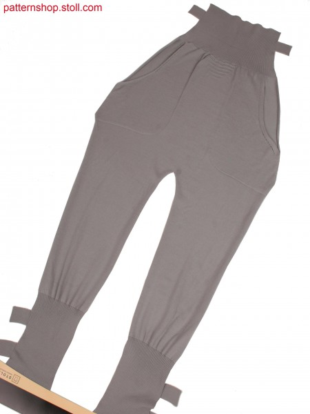 Trousers with bonded outer side seams, slit pockets and side knitted on ankle straps
