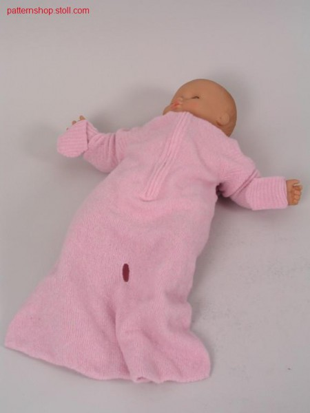 Romper suit with knitted on mittens and hood / Strampelsack mit angestrickten F