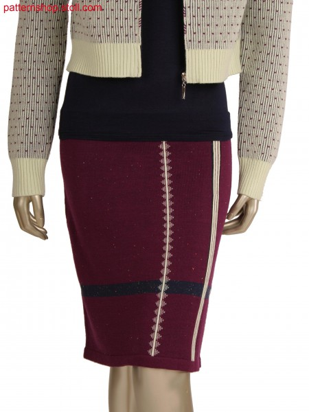 Fully fashion plated skirt, intarsia jacquard with different intarsia connections