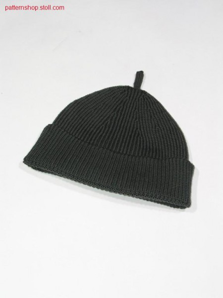 Knitted cap in 1x1 rib with turn-up / Strickm