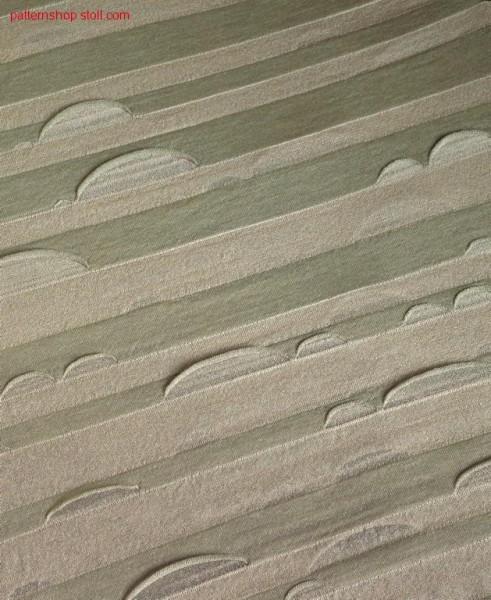2-Colour tubular with open stitch zones / 2-Farbiges Schlauchmuster mit offenen Maschenzonen