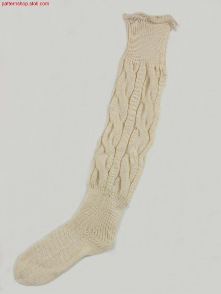 Knee-high sock with 2x6 cables / Kniestrumpf mit 2x6 Z