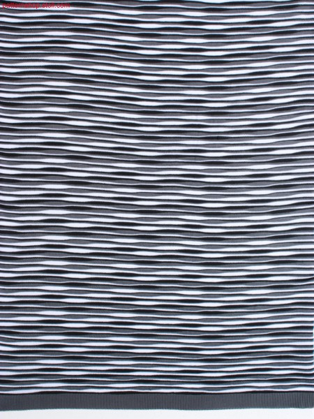 3-colour striped jersey fabric / 3-farbig geringeltes Rechts-Links Gestrick