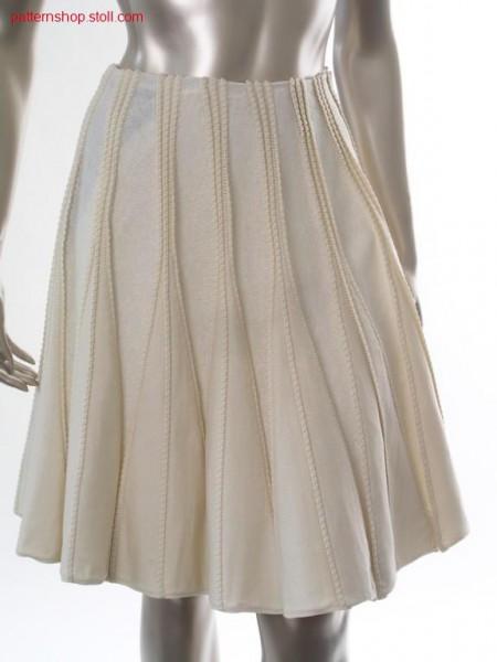 Flared skirt in gore technique with pin-tucks / Glockenrock in Spickeltechnik mit Biesen
