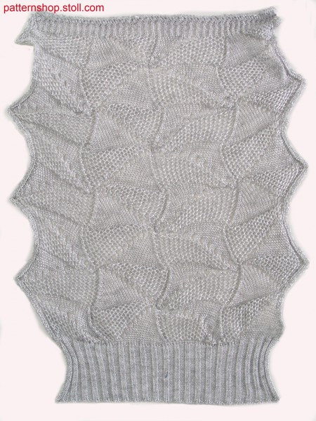 Swatch in pointelle structure with tuck stitch / Musterausschnitt in Petinetstruktur mit Fanghenkeln