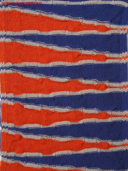 3-color stripe pattern with goring, front and back stitches