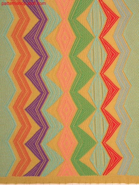 Intarsia pattern with 2-colour float jacquard / Intarsiamuster mit 2-farbigem Flottjacquard