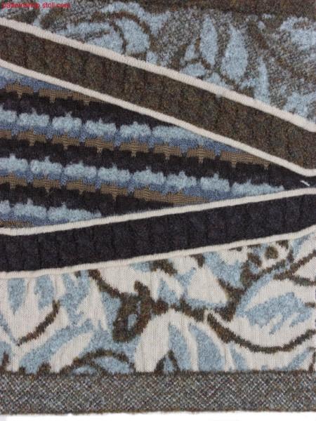Gored swatch with different jacquard motifs / GespickelterMusterausschnitt mit verschiedenen Jacquard Motiven