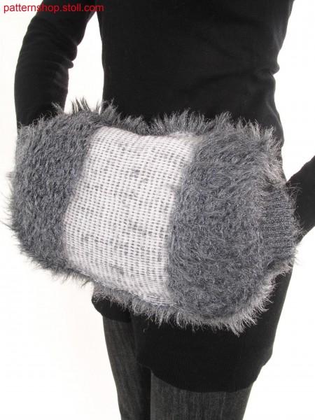 Reversible Muff in fake fur with floated fancy yarn / Wende-Muff in Felloptik aus geflottetem Effektgarn