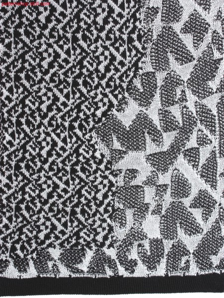 2-colour jacquard with PTS and cloqu