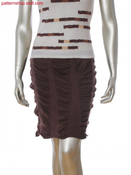 Fully Fashion skirt with vertical stripes in alternate knitting