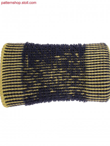Muff knitted in 3 layers, plush optic by dissolving yarn