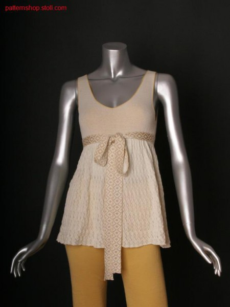 Fully Fashion top with by stitch doubling gathered body part