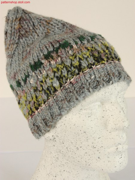 Beanie with Fair Isle shape design / Beanie mit Fair-IsleForm-Design