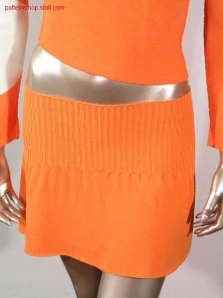 Mini skirt with pleeds and 2x2 rib / Minirock mit Plissee und2x2 Rippe.