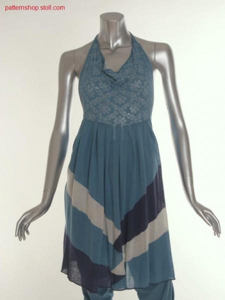 Halter-neck dress with pleats at the intarsia skirt part / Neckholder-Kleid mit Plissee-Intarsia-Rockteil