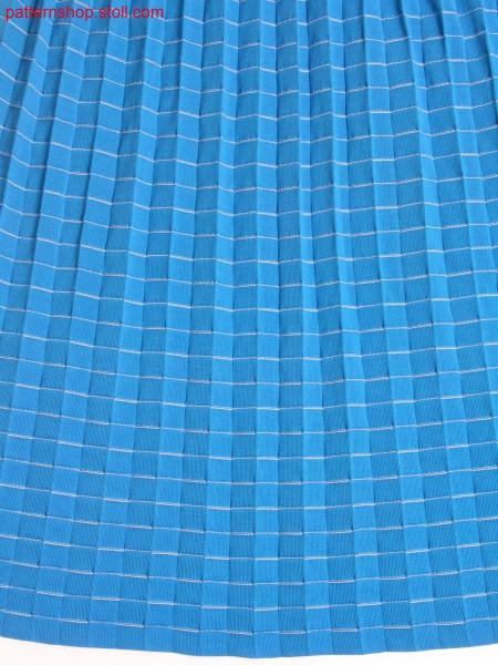 Knitted pleats with hoops in interlock structure / Strickplissee mit Interlock-Struktur Ringel