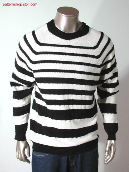 Pullover with stripes and structure / Pullover mit Ringel undStruktur.