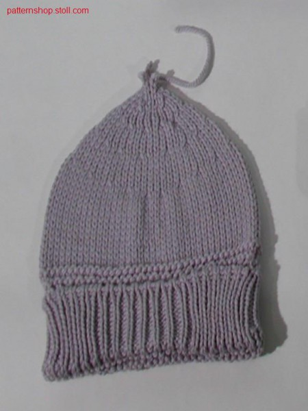 Knitted jersey cap with turn-up in 1x1 rib / Rechts-Links Strickm