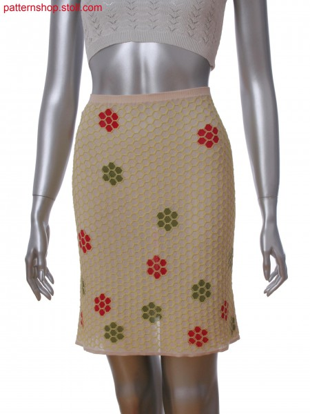 Fully Fashion intarsia skirt with honey comb net in layer technique