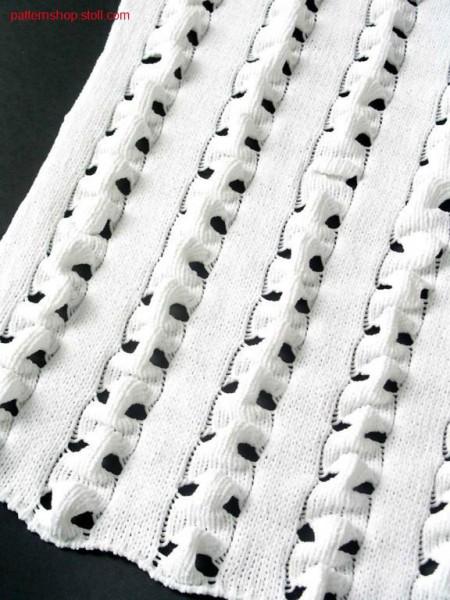 Structurepattern with wedgeform loops / Strukturmuster mit Spickelschlaufen