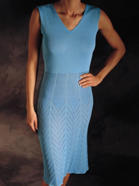 Fitted fully fashion dress in cross tubular jacquard / Tailliertes Fully Fashion Kleid in Kreuzschlauchjacquard