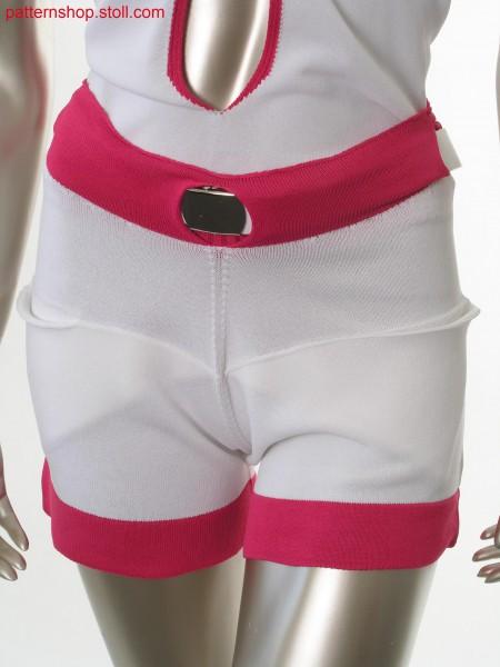 Jersey shorts with gored inset pockets / Rechts-Links Shortsmit gespickelten eingesetzten Taschen
