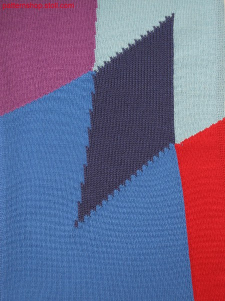 Knitted fabric in 5-color intarsia