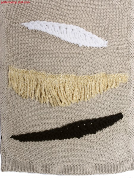 Jersey float structure in linen weave look with fringes / Rechts-Links Flottstruktur in Leinwand-Weboptik mit Fransen