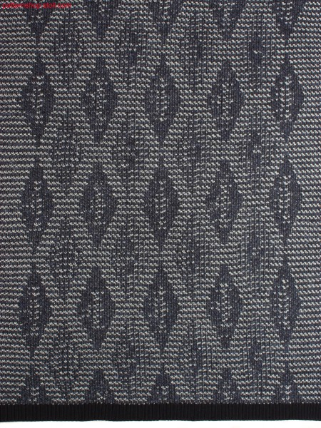 Knitted fabric with diamond design / Gestrick mit Rautenmuster