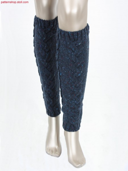 Leg warmers with 3x6 cable braid / Beinstulpen mit 3x6 Flechtzopf