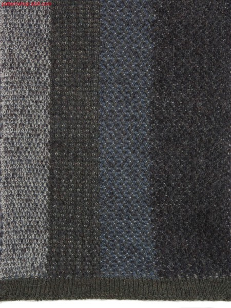 Swatch with vertical stripes in jacquard transfer structure / Gestreifter Musterausschnitt mit Jacquard-Umh