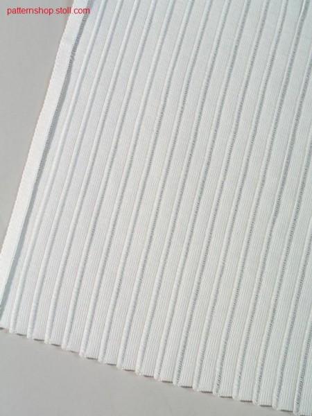 Pleated pattern with floats / Plisseemuster mit Flottungen