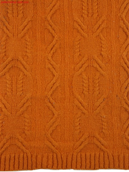 Knitted fabric with 2x3 cable-structure / Gestrick mit 2x3Zopfstruktur