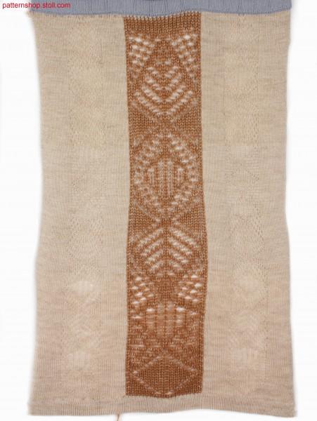 Knitted jersey fabric with intarsia filigree motifs /n Rechts-Links Gestrick mit Intarsia-Filigranmotiven