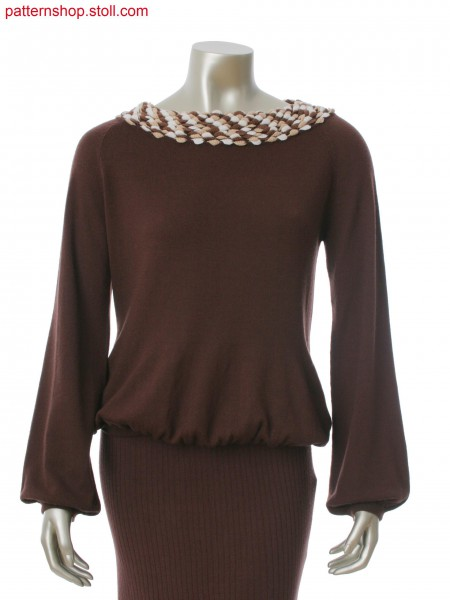 Fully Fashion pullover with stitch doubling at the bottom. Collar with integral flaps.