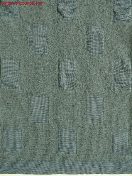 Felt swatch with different stitch lengths / Filzstrickteilmit unterschiedlichen Maschenl