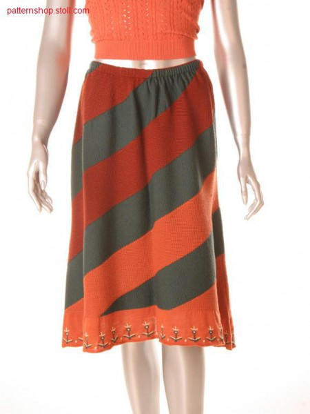Intarsia skirt with 1x1 cable and float structure / Intarsiarock mit 1x1 Zopf- und Flottfadenstruktur