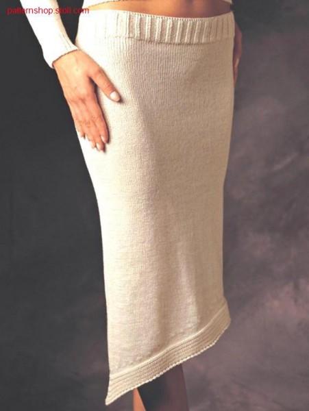 Skirt with hem in gore technique