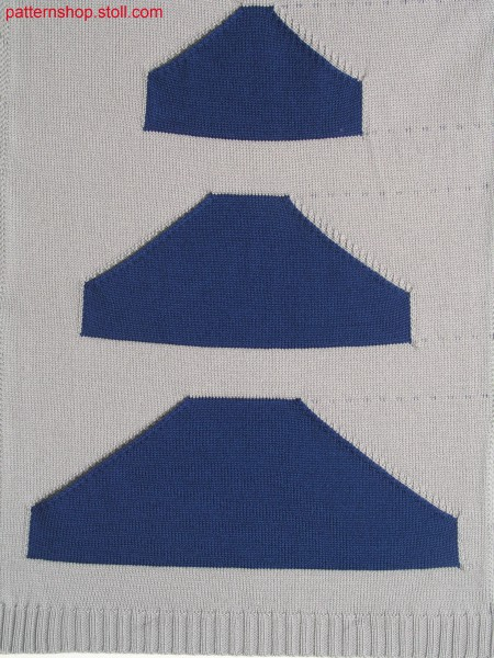 Knitted fabric with 3 patch intarsia-kangaroo pockets / Strickteil mit 3 aufgesetzten Intarsia-K